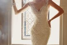 Ideal Dress. / Get inspired by these beautiful bridal gowns, start the hunt and find YOUR IDEAL DRESS.