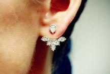 Jewelry & Acessories / by Aliaa Gamal