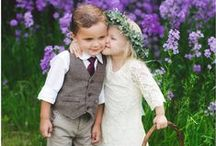 Flower girl and ring bearer outfit inspirations / Inspiration for adorable outfits for flower girl and ring bearer for a vintage wedding!!