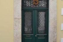 SOTIROS & THEATROU STREET, PIRAEUS,GREECE / Nikolas Dorizas Architect Architettura IUAV Venezia Tel: +30.210.4514048 Address: 36 Akti Themistokleous – Marina Zeas, Piraeus 18537. ΑΝΑΣΤΗΛΩΣΗ ΝΕΟΚΛΑΣΙΚΟΥ ΚΤΙΡΙΟΥ. ΜΟΝΟΚΑΤΟΙΚΙΑ ΟΔΟΣ ΣΩΤΗΡΟΣ & ΘΕΑΤΡΟΥ, ΠΕΙΡΑΙΑ. RESTORATION OF A NEOCLASSICAL BUILDING INTO A SINGLE FAMILY RESIDENCE. SOTIROS & THEATROU STREET, PIRAEUS,GREECE