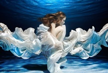 Mermaids & Sirens / Women at the seaside: Underwater, on rocks or at the beach. Ocean-inspired aesthetics and fashion designs.