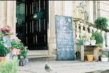 cafes & shops