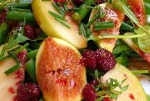 Salads and Snacks / by Martina Kemenas