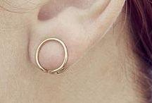 | accessory |