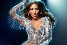 Jennifer Lopez <3 / by Lynette Facenda