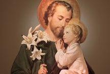 Saints and great people  _ Témoignages / N'oublions pas de recourir à la prière de ces puissants intercesseurs auprès de Dieu. Pour nous qui sommes encore ici-bas, ils peuvent nous servir de modèle, de soutien et de réconfort. Qu'elle est belle notre famille du Ciel!