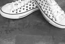 Converse personalizzate e borchiate / Borchiamo glitteriamo disegnamo le sneakers