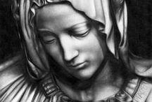 La Pietà di Michelangelo - christian sculpures