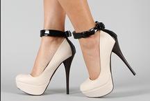 i <3 shoes !!