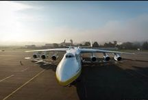 World's Biggest Airplanes / Dave Pflieger, CEO of Island Air, shares images of the biggest airplanes in the world!