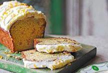 Recettes de cakes & terrines / Pour un repas de famille, à l'apéro, en entrée, en dessert ou à l'heure du thé, les cakes et les terrines sont des recettes simples et rapides à préparer pour régaler vos convives. Faites le plein d'idées originales et gourmandes : quatre-quarts au citron, carrot cake, marbré au chocolat, cakes salés pour l'apéro, terrines de poisson ou de légumes, cakes moelleux aux fruits de saison… Bon appétit !