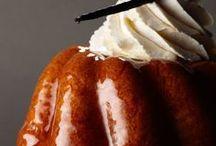 """Spécialités de Lorraine / Vous aimez les spécialités culinaires françaises, et vous souhaitez découvrir et tester des recettes régionales ? Découvrez notre tableau """"Spécialités de Lorraine"""" avec nos épingles de plats et desserts gourmands. Au menu : quiche lorraine, macarons de Nancy, myrtilles, mirabelles, bouchées à la reine, madeleines, quetsches, flammekueches... C'est un régal !"""