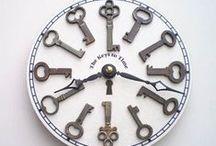 Kulcs, lakat, zár, óra