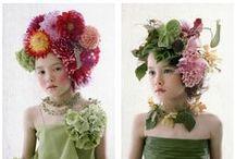 """Kytičkové """"klobouky a šaty"""""""