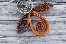 Quilled Jewellery / Quilling patterns, designs, frames, borders & jewelry.