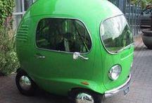 CampervansInGreen / Viele Campingbusse in allen Schattierungen von schönstem Grün! - Lots of campingvans in all shades of beautiful green! #vwbus #vwbulli #campingbus #campingvan #grün #green #stpatricksday #nature  / by Campanda GmbH