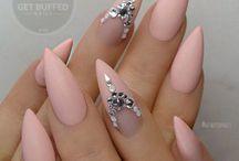 .hands off / nail art