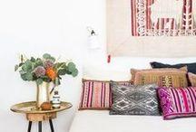 Textiles, nappes, coussins