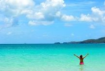 The Whitsundays / In the heart of Queensland's Great Barrier Reef, lie the Whitsundays – 74 islands floating like jewels in the tropical waters of the Coral Sea.   Find more info on visiting The Whitsundays here: http://j.mp/IiEfoD