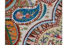 Pietra Dura / Pietra Dura, translated as 'hard stones' in Italian, is the inlay technique of semi precious hard stones to form images. Our wide range of stunning designs are suitable for both walls as well as furniture embellishment.