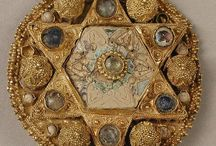 Archaeology & Artefacts / by Annie Tucker