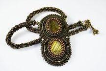 Jewelry / Fashionable Jewelry