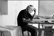 Michael Biberstein / Les peintures de Michael Biberstein sont des vibrations d'espace, les résonances d'un silence. Elles ne dépeignent pas de lieux ni de paysages précis. Elles sont à la fois évocatrices des strates de notre culture occidentale et les réminiscences de peinture paysagistes orientales.