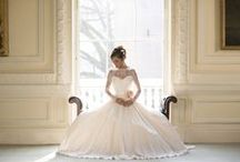 Photoshoots at {10-11} CHT / Beautiful Bridal photoshoots in our venue