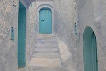 街中のドア / 街のドア