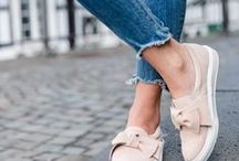 Shoes / Heels, sneakers, flats, sandals, platforms, over the knees boots & more