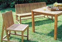 Protéger et embellir votre mobilier de jardin / Esthétique et harmonieux, le mobilier de jardin en bois apporte une ambiance naturelle et chaleureuse à vos extérieurs. Soumis aux intempéries, il est donc indispensable de le protéger afin de lui assurer une durée de vie maximale.