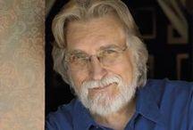 Neale Donald Walsch / Neale Donald Walsch modernkori spirituális közvetítő.  Az ő nevéhez fűződik a sikeres Beszélgetések Istennel című sorozat, amely minden rekordot megdöntött a New York Times bestsellerlistáján.  Neale, aki összesen huszonkét könyv, illetve számos audio- és videoprogram szerzője és összeállítója, folyamatosan járja a világot, és terjeszti az Új Spiritualitás igéjét.  A www.nealedonaldwalsch.com weboldalon keresztül felveheted vele a kapcsolatot.