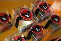 Festa Mickey, Minnie e toda a turma / Dicas de decoração de festa infantil, doces, bolos e outros itens sobre o Mickey, a Minnie e seus amigos. Dicas selecionadas pelo blog Mamãe Prática (www.mamaepratica.com.br)