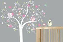"""Corujinhas / Dicas de decoração para quartos de bebê e festas no tema """"Corujas"""" ou """"Corujinhas"""". Sugestões para festas infantis, Chá de Bebê e quarto de bebê selecionadas pelo blog Mamãe Prática (www.mamaepratica.com.br)."""