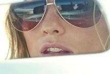 <Sunglasses>