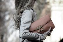 {Be Pretty} Handbag ♥ / by Shannon Oleyar
