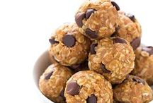 Healthy Snack Recipes / A collection of healthy snack recipes to help with your healthy diets.  / by Blahnik Baker | Zainab