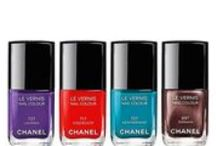 Nail Colors & Collections / by Julie Ranae