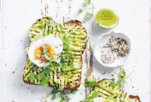 Best of Breakfast / Breakfast is the best way to start your day right! We're sharing with you our favorite healthy recipes and ideas for the most important meal of the day.