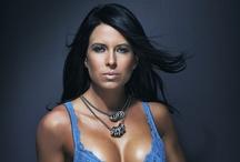 ID • Nadine Dumas