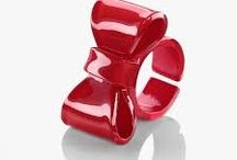 Bow ties / These ring styles are suitable for 3D printing as the can all be printed with a flat base. For this event we need design that don't need supports and the ring shape growing up flat out of the print board. I prefer a thick round ring part. I like an opening in the back so that it can fit different sizes.