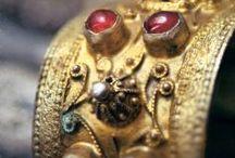 BELVEDERE SOCIETY BIJOUX / Beautiful jewels hidden from view / by Lori Clark Belvedere Society