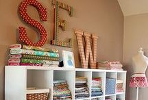 Home inspirations CRAFT ROOM / craft room ideas, sewing room ideas, thread organizer, buttons organizer, fabric organizer
