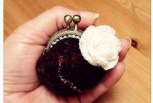 Monederos, purses  my work / Monederos en lana merino y gotland con seda o ramio