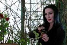 Morticia Addams (Anjelica Huston) / Beauty icon