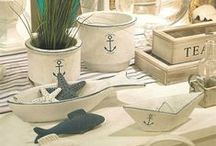 Coastal Style & Home Decor / The Coastal style is full of light and comfort, and is calm as a summer breeze across the waves. If you love soft furnishings, ocean hues and a room that imparts a feeling of breezy goodness, you'll love the casual yet classic Coastal style.