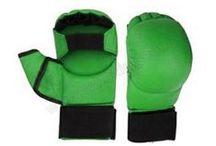 Karate Mitts Manufacturer & Suppliers Pakistan / Manufacturers, Exporters and suppliers of quality karate mitts, karate gloves, martial arts gloves, karate sparring gear, karate equipment Sialkot Pakistan.