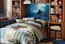 teen boy bedrooms / by Jennifer Hughes