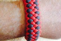Paracord bracelets / Paracord bracelet