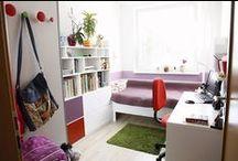 POD KŘÍDLY PLAMEŇÁKŮ / Interiér pokoje pro malou školačku v panelovém domě ve Zlíně;  Ing. arch. Michaela Nášelová